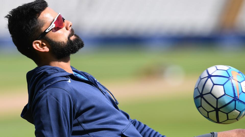 India captain Virat Kohli would hope his teammates do well against Bangladesh. (AFP)