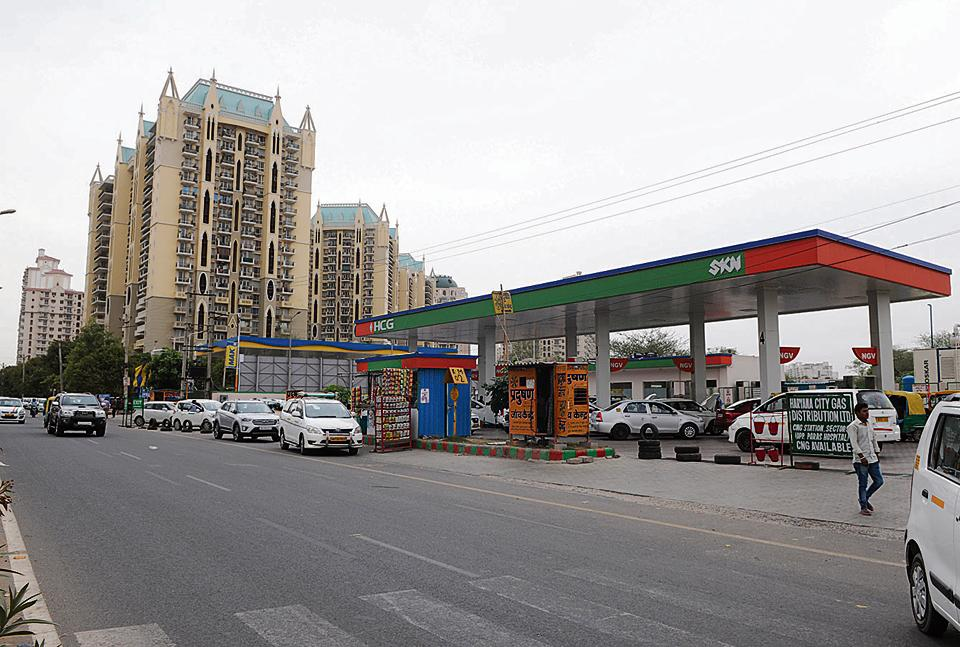 The CNG filling station near DLF Phase 5. Delays in CNG filling has been blamed for the traffic congestion outside pumping stations.