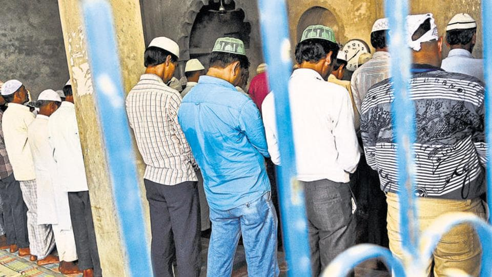 According to an agreement ironed out by some Kerala mosque committees, the use of loudspeakers for all other religious purposes will be stopped.