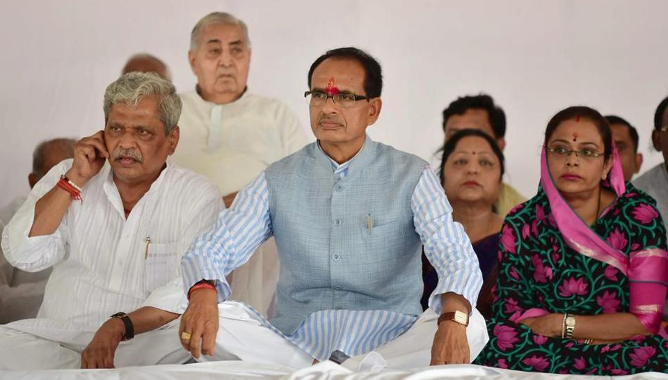 Madhya Pradesh CM Shivraj Singh Chauhan, who sat on a fast, will visit the families of the dead farmers on Wednesday.