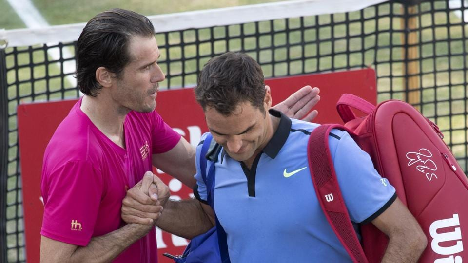 Roger Federer lost 2-6, 7-6(10), 6-4 to former world number two Tommy Haas.
