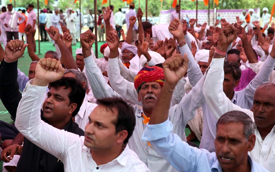 Farmers belonging to RSS-affiliated Bharatiya Kisan Sangh started a mahapadao (sit-in) on June 15, but called off the agitation on June 19 after holding talks with the Rajasthan government.