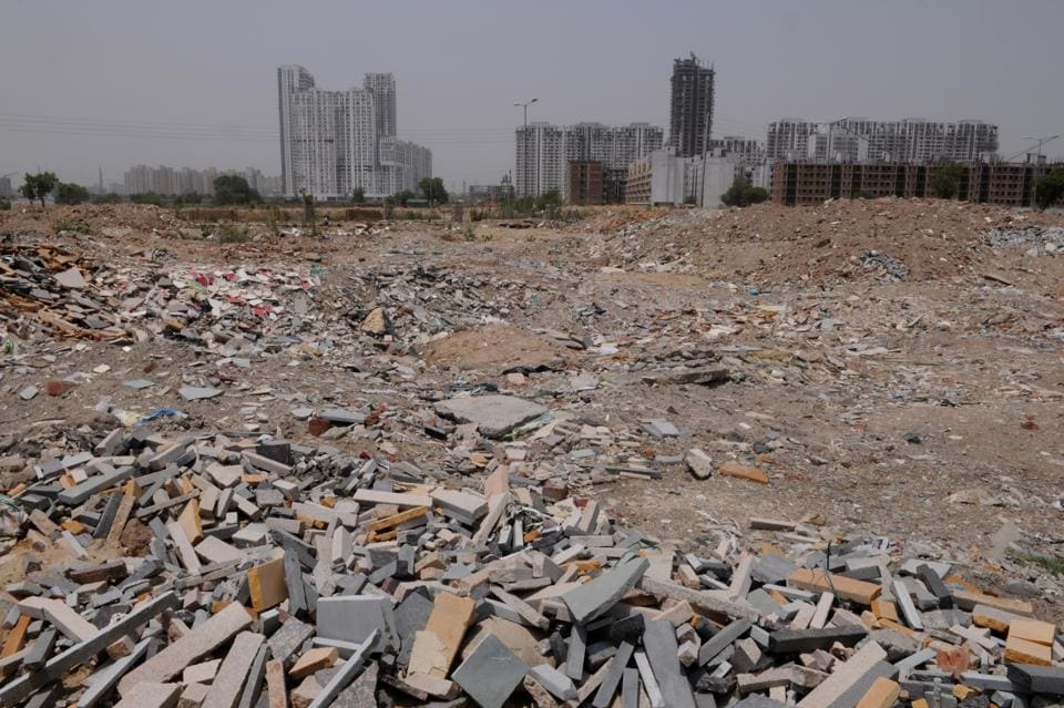 Lack of an effective garbage disposal system has hurt Gurgaon's bid to feature in the Smart City project.
