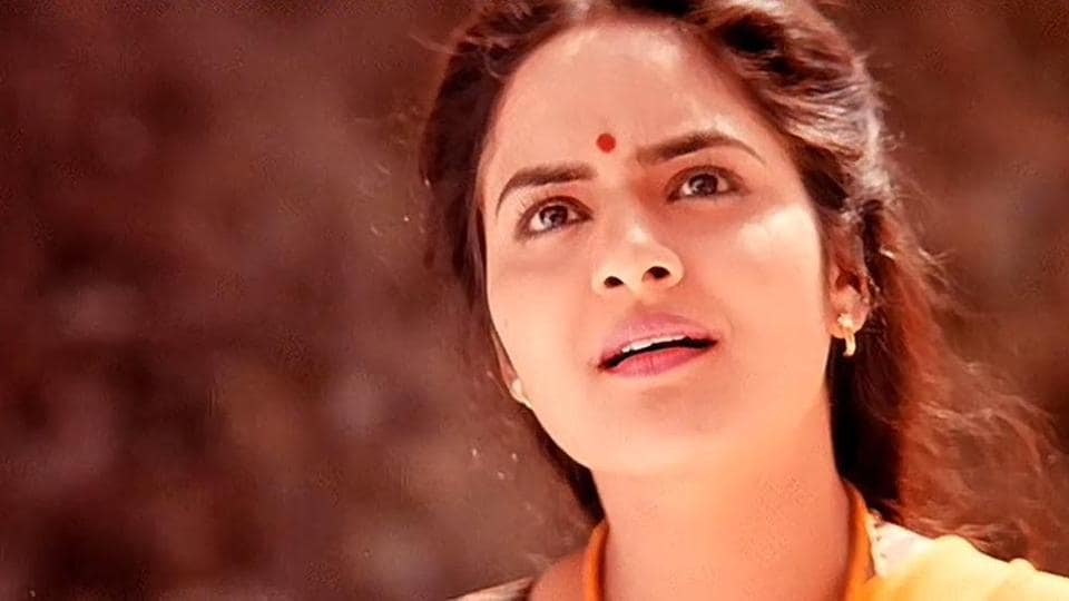 Madhoo is play a character similar to Baahubali's Sivagami in Aarambh. The actor in a still from Roja.