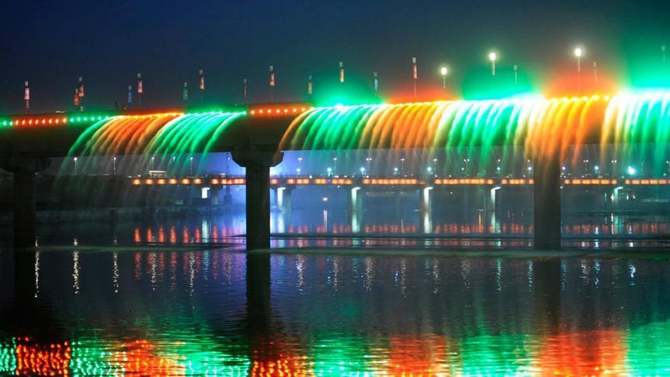 The state government had released Rs 1503 crore for the Gomti riverfront project.