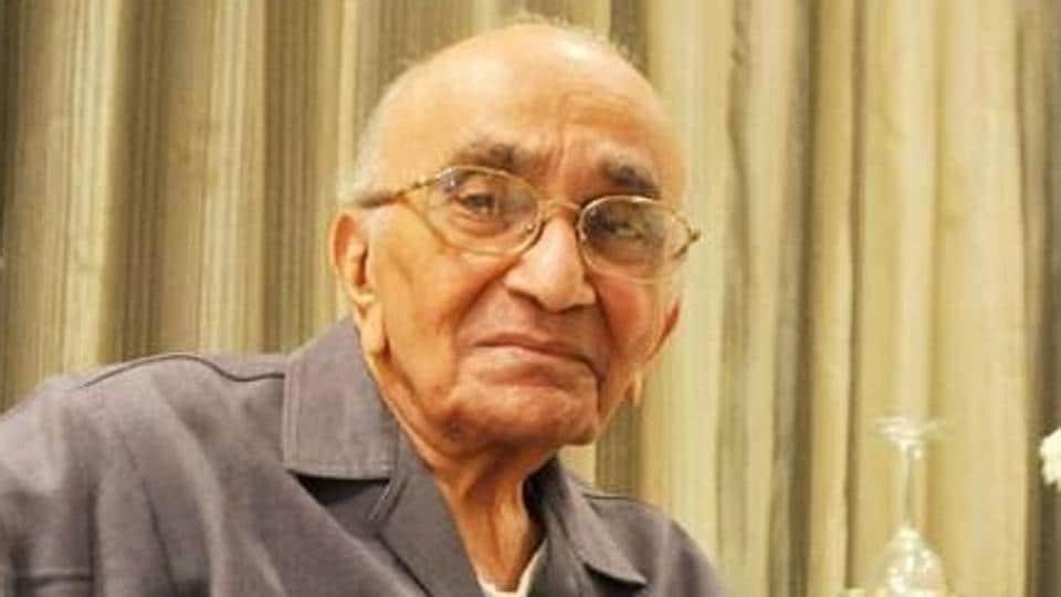 PN Bhagwati,PILs,Former CJI