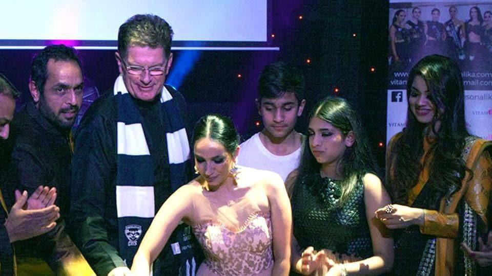 Vishwajeet Pradhan,Sonalika Pradhan,Couturier label