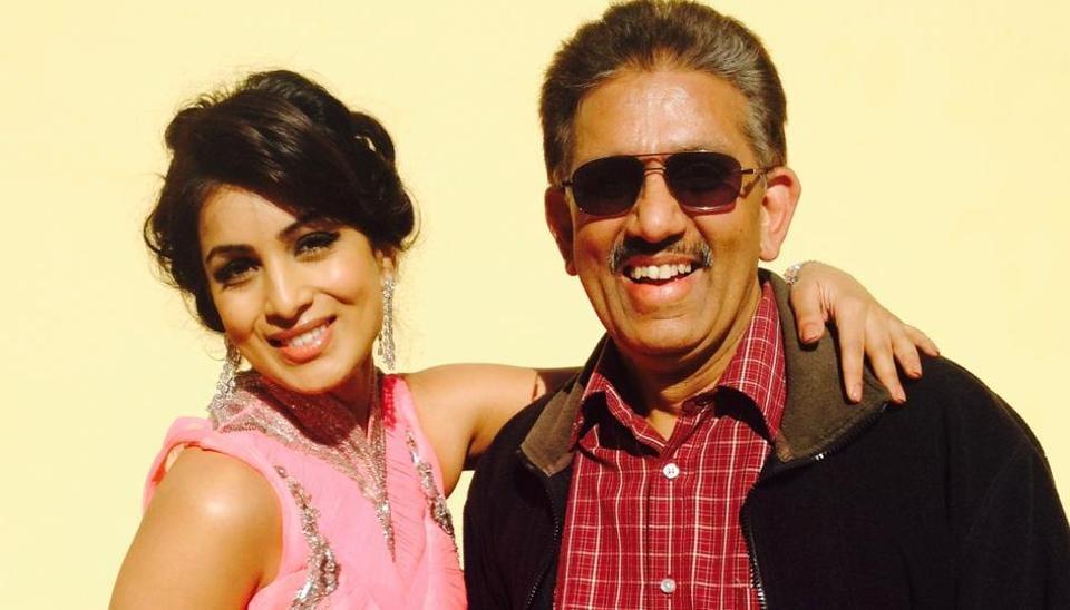 Bollywood actor Pallavi Sharda with her father Dr Nalin Kant Sharda.
