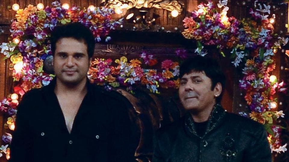 Actor and comedians Krushna Abhishek and Sudesh Lehri have given multiple standup acts in shows such as Comedy Circus and Comedy Nights Bachao.