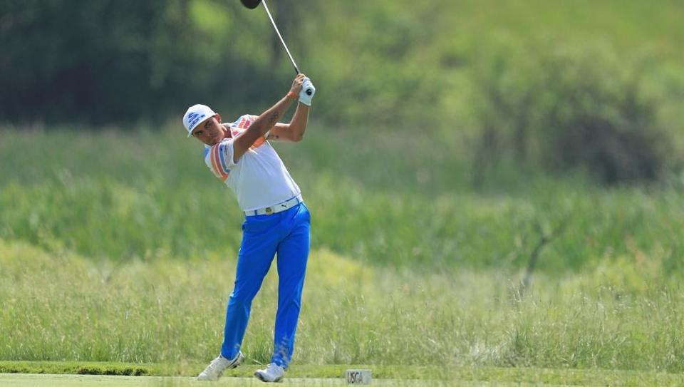Rickie Fowler ended round one of the U.S.Open ahead of the rest of the pack.