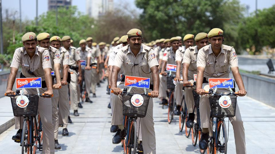 Delhi police,Constables,CAT