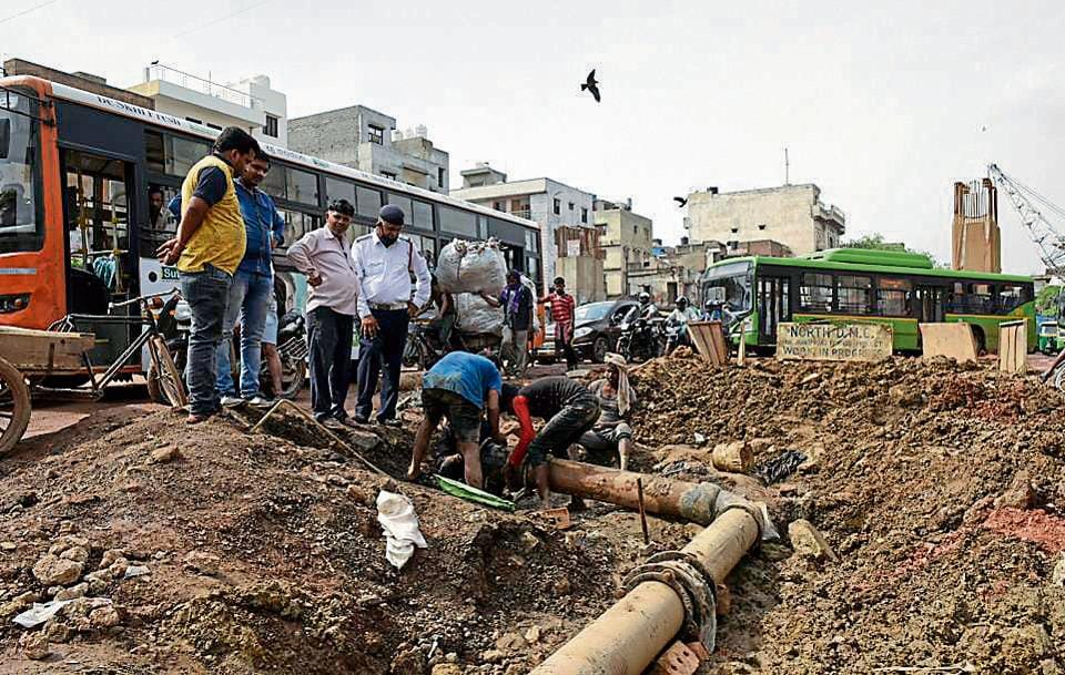Shoddy work and multiple leakages in this Delhi Jal Board (DJB)water pipeline turned a development project into a headache.