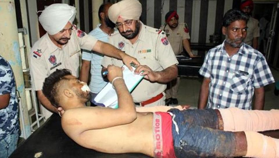 Victim Vinod Kumar giving his statement to police at the Bathinda civil hospital. He later succumbed to his injuries at Guru Gobind Singh Medical College in Faridkot.