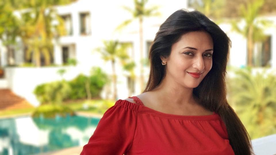 Divyanka says when you are a popular actor everything you do is scrutinised to find flaws. Even your popularity is questioned.