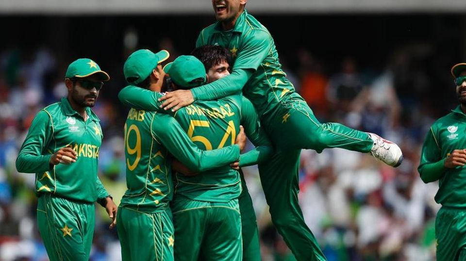 Pakistan beat India to become ICC Champions Trophy title. Get full cricket score of India vs Pakistan here.