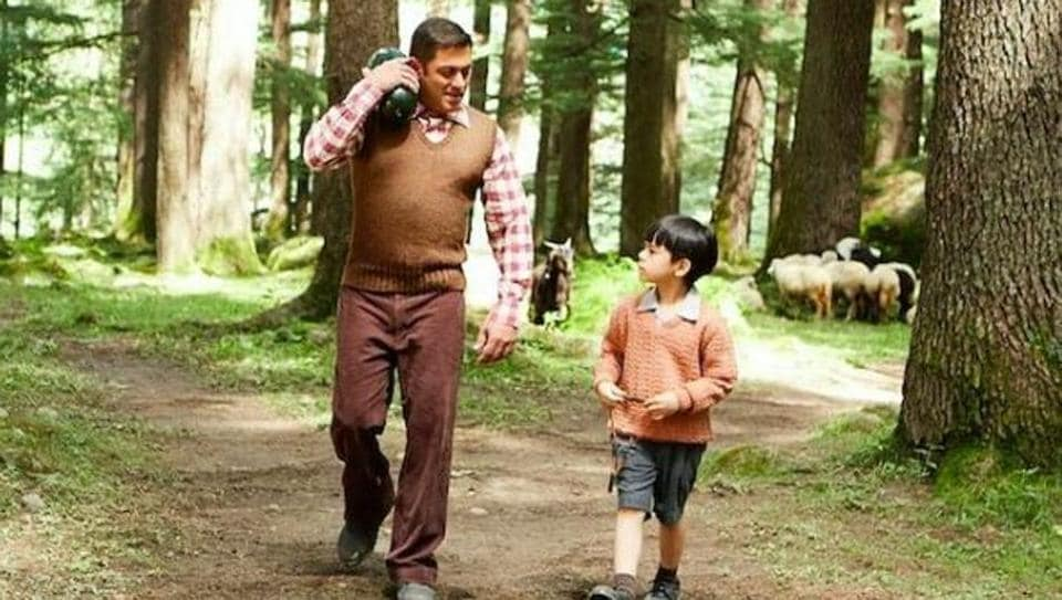 Salman and his new friend out on a strol