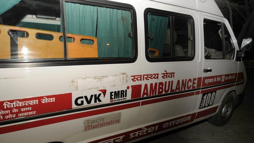 The word 'Samajwadi' preceding 'Swasthya Seva' (in Hindi) is covered on a government ambulance. (Ashok Dutta / HT Photo)