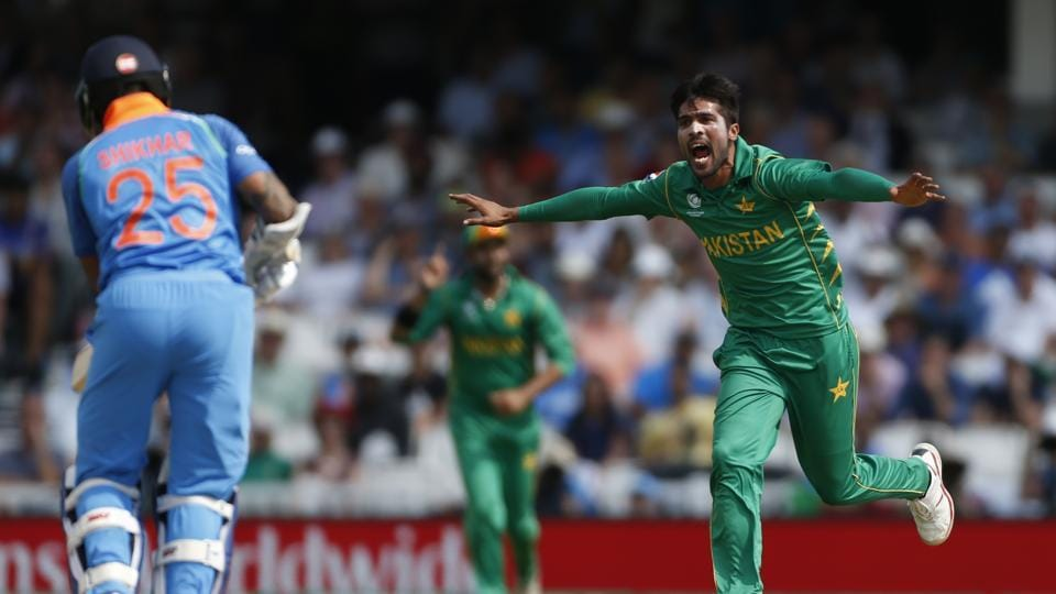 Amir picked up his third wicket as Shikhar Dhawan, the leading run-getter in this edition fell for 21. (REUTERS)
