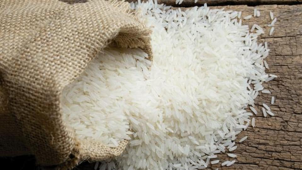 rice in burlap sRumours of 'plastic rice' making the rounds on social media have created such a panic among rice eaters that in the last few weeks the state food safety officials are being flooded with complaints of plastic rice being sold by retailers or being served at restaurants. Iack
