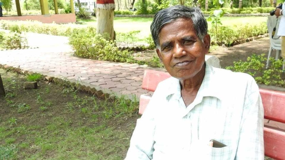 Babul Dahiya, from Madhya Pradesh's Satna district, has been cultivating over 110 traditional varieties of rice on his two-acre land to preserve and protect them.