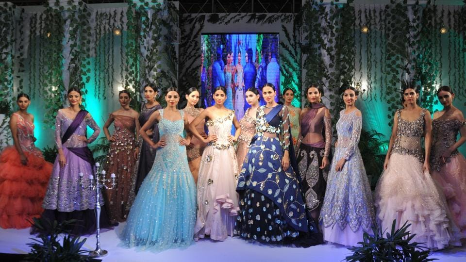 The best of fashion under a roof presented a mix of sarees, lehangas and wedding gowns.