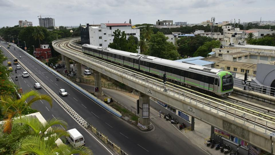 Bengaluru has moved a step closer to  addressing  harrowing tales of the city's chock-a-block traffic. The President of India Pranab Mukherjee inaugurated the line from Chickpet to Yelachenahalli on June 17, 2017. With this the entire 42-kilometre stretch under the Phase 1 plan is now fully operational. Mukherjee lamented that India was late by several decades in adopting the Metro as a viable mode of public transport, adding that due to rising population organising transport facilities has emerged as a serious challenge. (Arijit Sen/HT Photo)