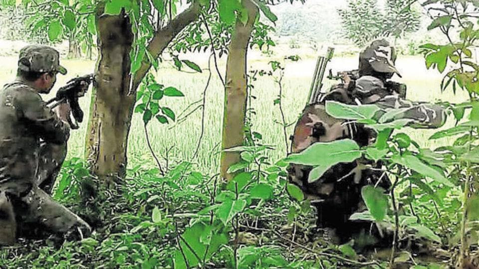 The encounter began after the police got a tip-off about a gathering of Maoists in Aundhi area.