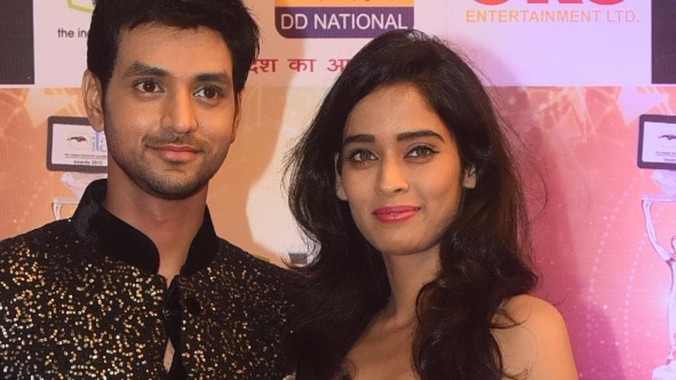 Actor couple Shakti Arora and Neha Saxena have ended their four year relationship.