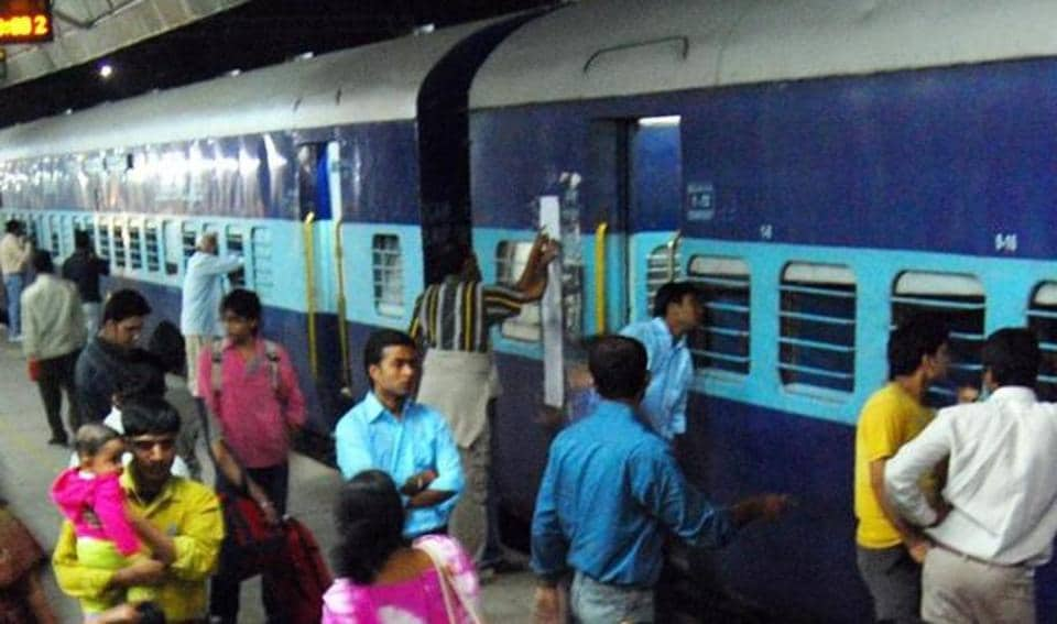 The incident took place in Howrah-Guwahati Kamrup Express.