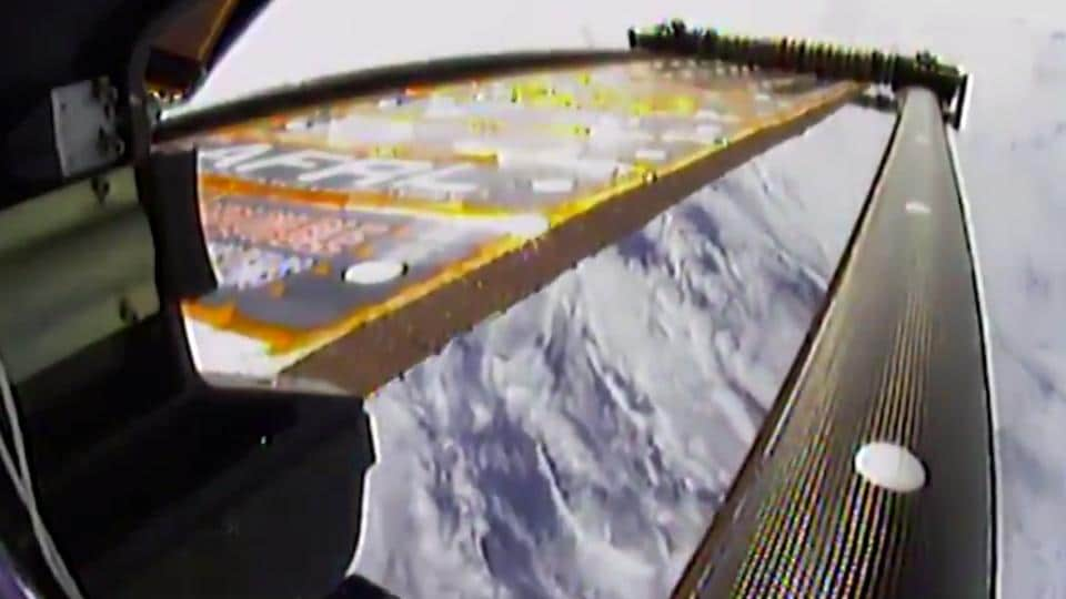 This time-lapse animation shows the novel Roll Out Solar Array experiment in action on the International Space Station on June 18, 2017. The ROSA experiment is aimed at testing new solar wing technology that rolls out an array like a party favour.