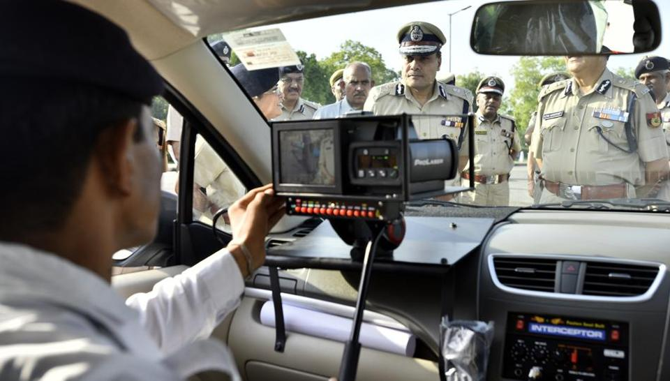 Delhi Police commissioner Amulya Patnaik inspecting the new interceptor vehicle after flagging them off at India Gate  on Tuesday.