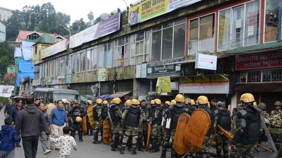 Opposition parties in Bengal have said they will boycott an all-party meeting to discuss the situation in Darjeeling which is now under an indefinite strike as the Gorkha Janmukti Morcha (GJM)  agitates for a Gorkhaland state.