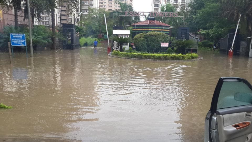 Due to waterlogging, the residents are forced to park their vehicles on the service lane or MG Road.