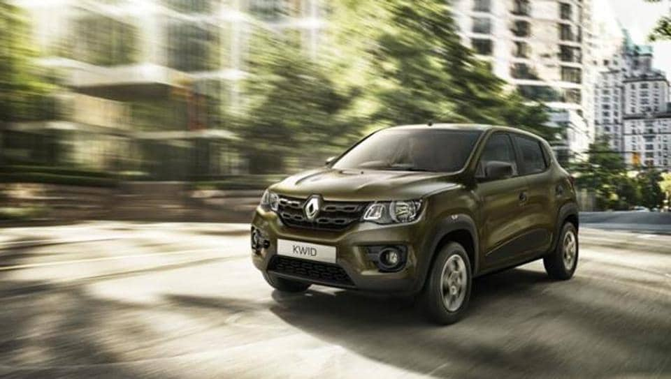 The man loaned his Renault Kwid car to his neighbour but he is now absconding.