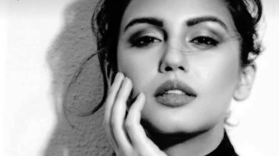 Actor Huma Qureshi says she loves walking the red carpet.