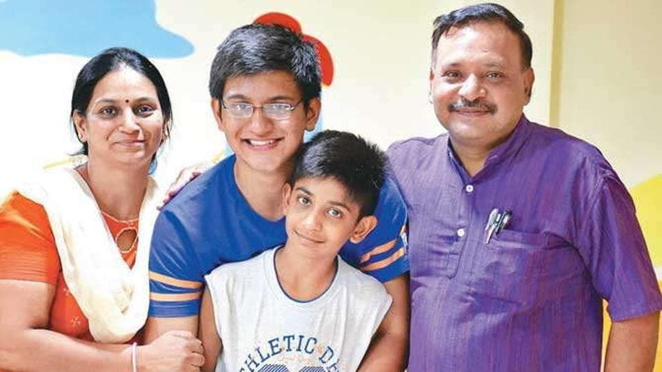 Archit Gupta  with his family.