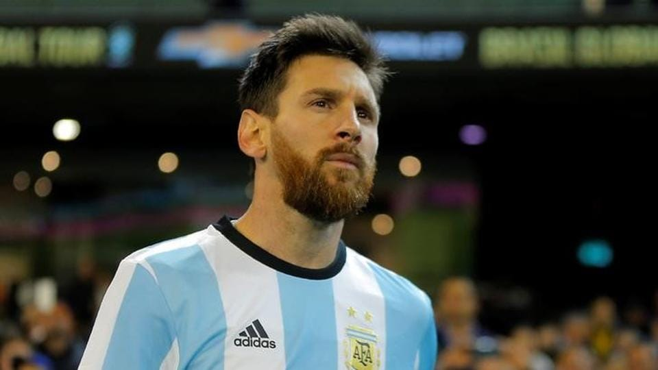 Lionel Messi has made an  offer of $558,000 to get his jail sentence suspended.