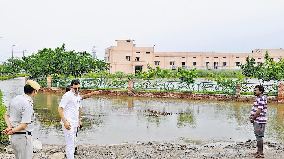 Chandhu Budhera Water treatment plant,Gurgan water crisis,Gurgaon water shortage