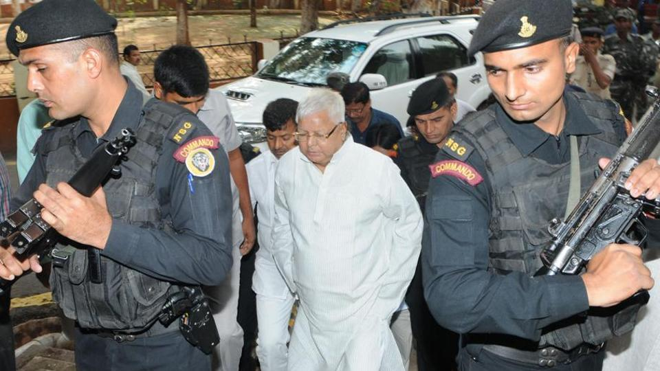 RJDchief Lalu Prasad on way to a special CBIcourt in Ranchi