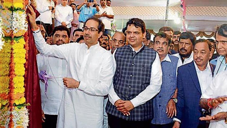 Shiv Sena chief Uddhav Thackeray, CM Devendra Fadnavis, Union ministers Nitin Gadkari, Suresh Prabhu and former chief minister Narayan Rane at a function in Kudal on Friday.