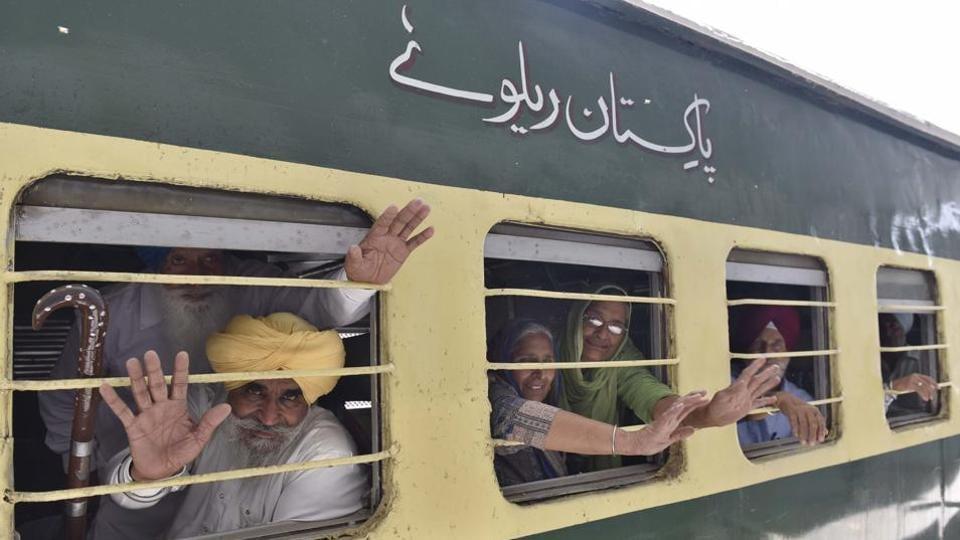 Pakistan,Gurdwara Dehra Sahib,Sikh pilgrims