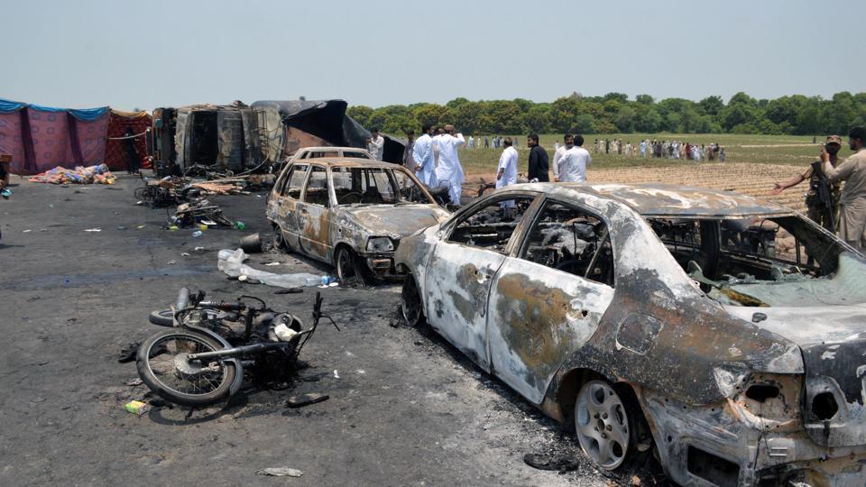 Pakistan fire,Pakistan fire casualties,Pakistan blaze