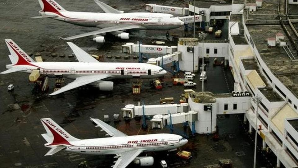 Of the total Rs 1,200 crore, an amount of Rs 400 crore is reportedly due for pilots. (REUTERS File / Representational Photo)