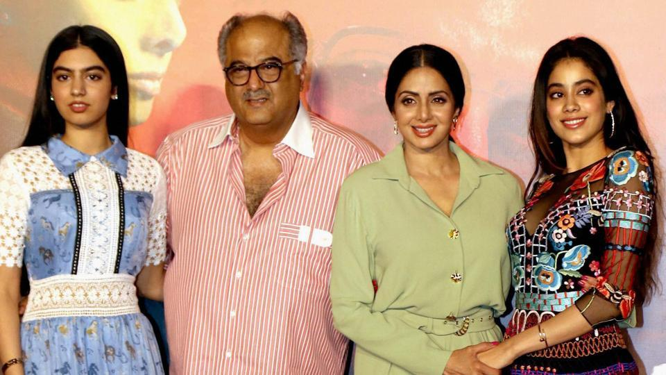 Sridevi with her husband Boney Kapoor and daughters Jhanvi Kapoor and Khushi Kapoor pose for a photograph during the trailer launch of Mom.