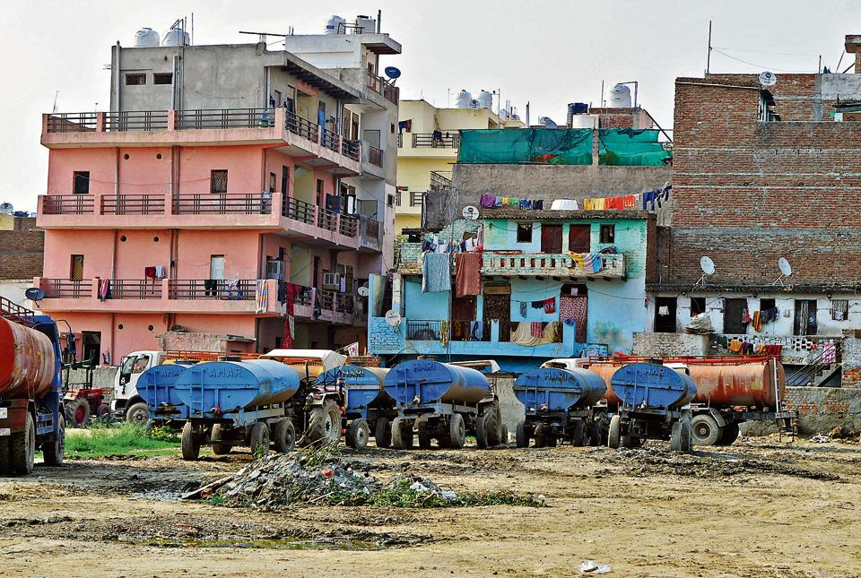 With Gurgaon's water table falling with every passing year, private tanker operators are raking in the moolah by extracting groundwater from borewells illegally and selling it to residents.
