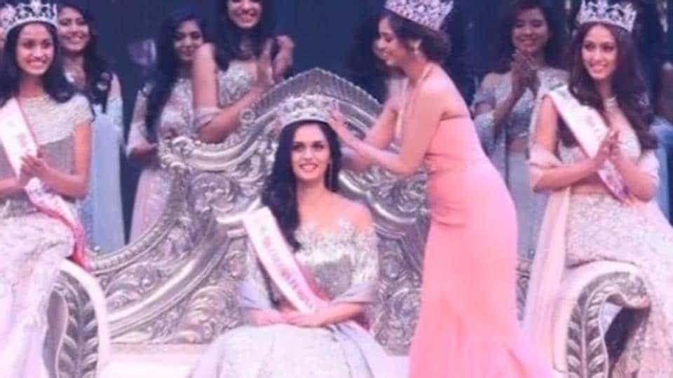 Medical student Manushi Chhillar being crowned Femina Miss India World 2017 at the event on Sunday.