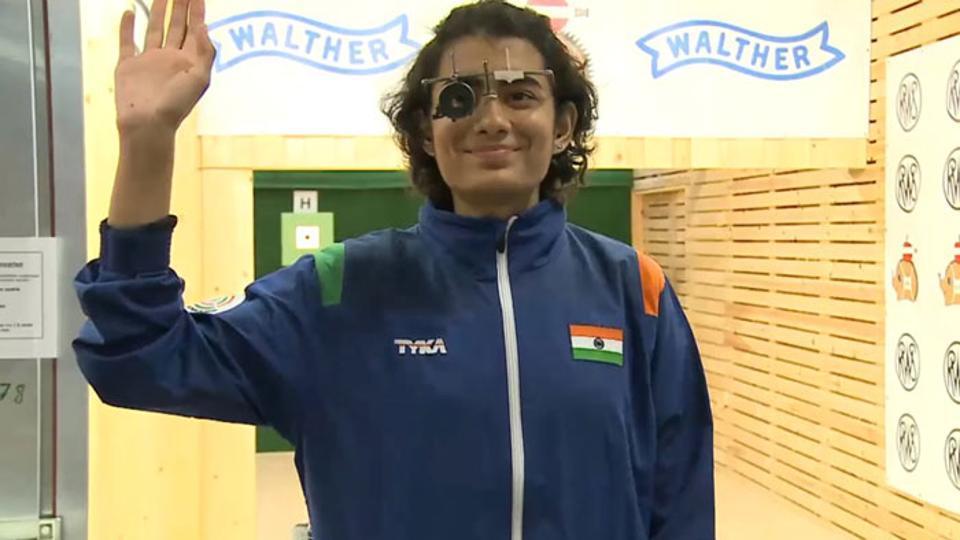 Yashaswini Singh Deswal won gold in 10m air pistol at the ISSF Junior World Championship.