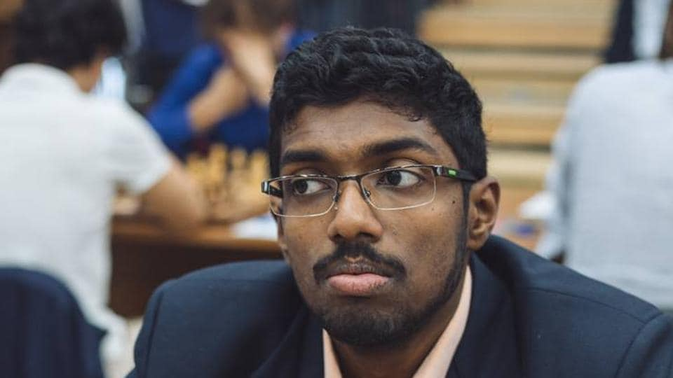 Adhiban Baskaran put up a magnificent performance as India defeated Ukraine by 2.5-1.5 in the World Team Chess tournament.