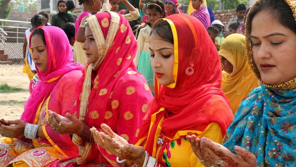 Women offering namaz on the occasion of Eid-ul-Fitr in Bathinda on Monday. A major Indian festival, Eid is observed as a public holiday. (Sanjeev Kumar/HT Photo)