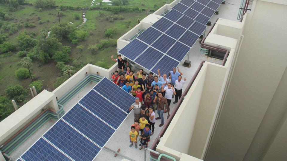 Residents of Raheja Eternity reduce their dependence on electricity grid by nearly 60% by using solar power.